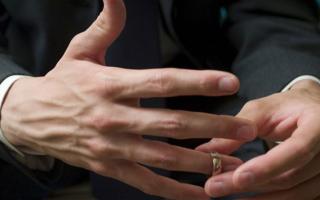 сколько стоит поставить штамп о разводе