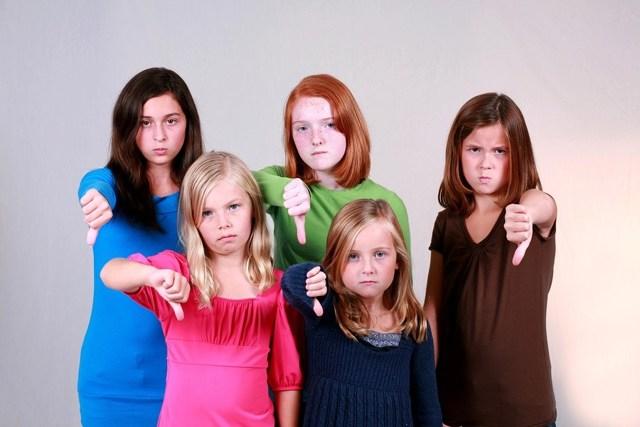 Как отдать ребенка в интернат без лишения родительских прав: порядок оформления, документы