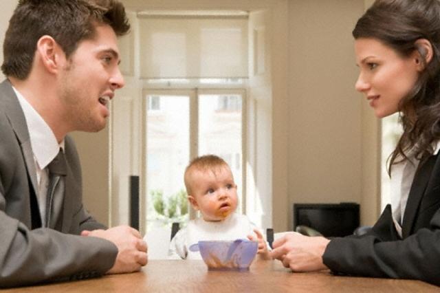 Как обязать бывшую жену отчитываться за алименты, и должна ли она предоставлять отчет отцу ребенка?