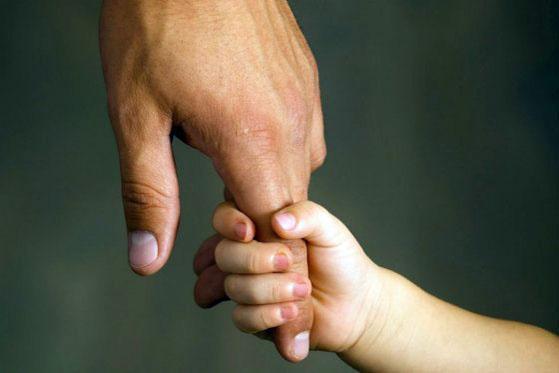 Над кем устанавливается опека и попечительство: ответственные лица и возрастные рамки