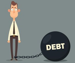Переходят ли долги по наследству детям и другим наследникам умершего, можно ли от них отказаться?