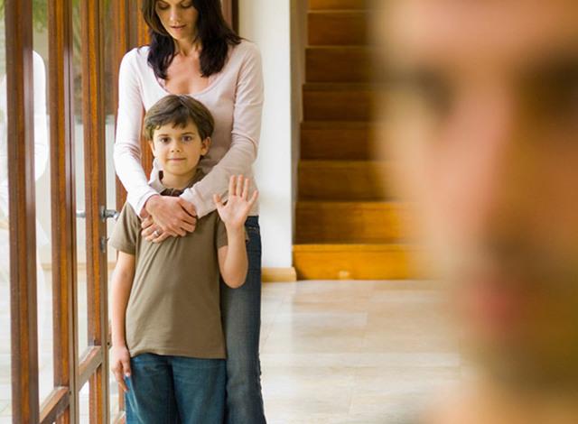 Можно ли алименты перечислять на счет ребенка до 18 лет: как их разделить, перевод половины суммы