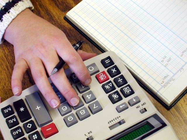 Алименты приходят в день зарплаты: как перечисляются выплаты бухгалтерией работодателя, сроки