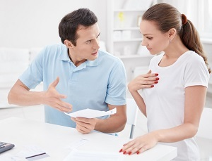 Как отказаться от доли в квартире в пользу другого собственника или родственника: оформление отказа