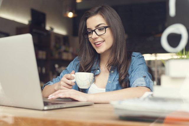 Как проверить квартиру на обременение, можно ли узнать это через интернет, как получить выписку?