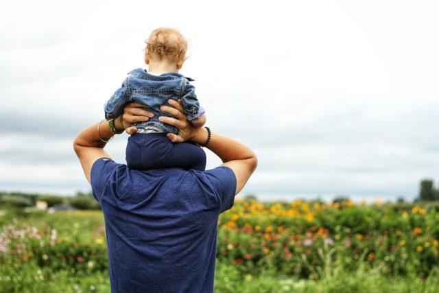 Что делать, если мать не дает отцу видеться с ребенком после развода?
