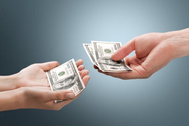 Квартира вместо алиментов: отказ от выплат в счет имущества или по решению суда и как его оспорить?