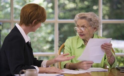 Как получить пенсию за умершего мужа-пенсионера: может ли это сделать жена после его смерти?
