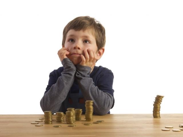 Алименты с аванса - удерживаются или нет, с какого момента перечислять выплаты?