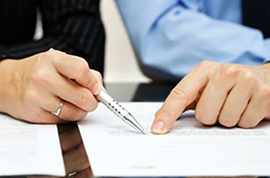 Договор ренты или дарственная - что лучше: какая сделка на квартиру будет дороже, а которая - проще?