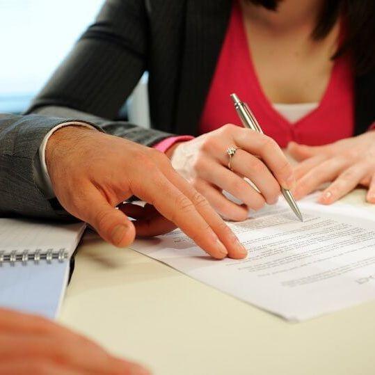 Брачный контракт или соглашение о разделе имущества - что лучше, и чем они отличаются?