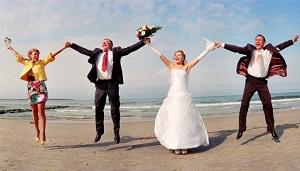 Нужны ли свидетели при регистрации брака: обязательны ли они, можно ли расписаться без них?