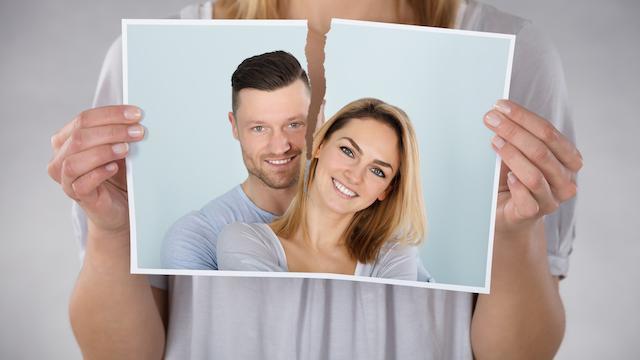 Стоит ли возвращаться к бывшему мужу после развода: советы психолога