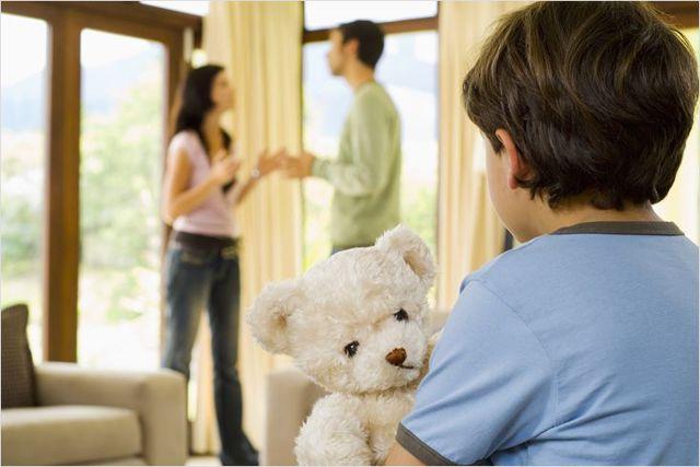 Образец искового заявления о взыскании алиментов на ребенка вне брака: куда и как подать?