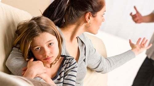 Образец заявления на содержание матери ребенка до 3 лет и выплату алиментов с бывшего супруга