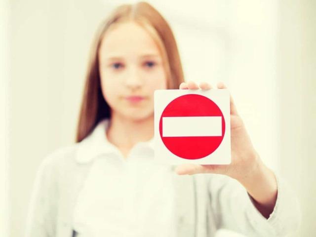 Как отказаться от опекунства над ребенком: правовые основания и последствия