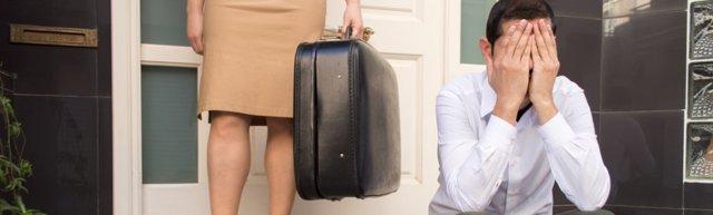 Как вернуть жену, если она не хочет отношений или ушла к другому: советы психолога