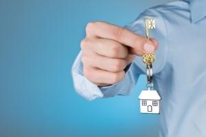 Нотариальное согласие супруга на продажу недвижимости: в каких случаях требуется, сколько действует?