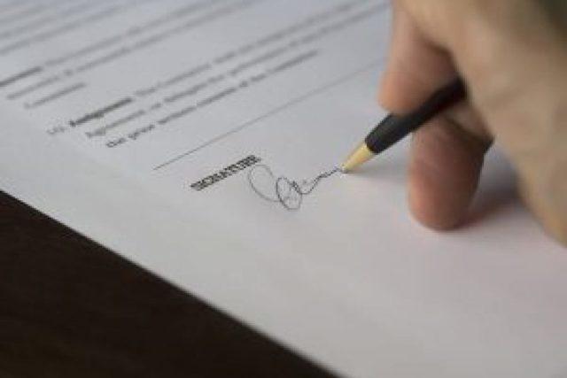 Брачный контракт: плюсы и минусы, условия и порядок заключения договора