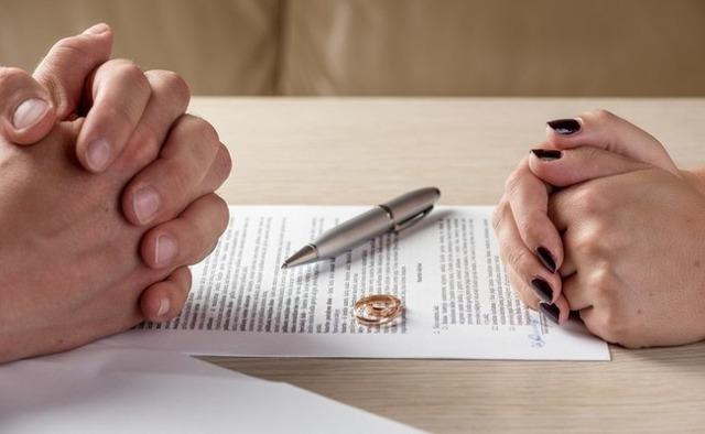 Брачный договор на квартиру, купленную в браке: нужен ли он супругам и как оформить контракт?