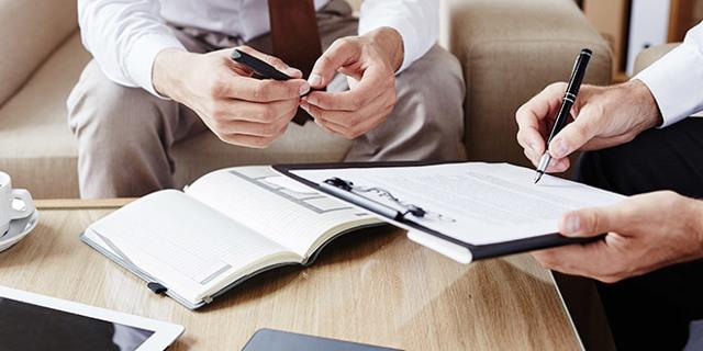 Акт приема-передачи квартиры по договору дарения: образец, передаточный документ на автомобиль