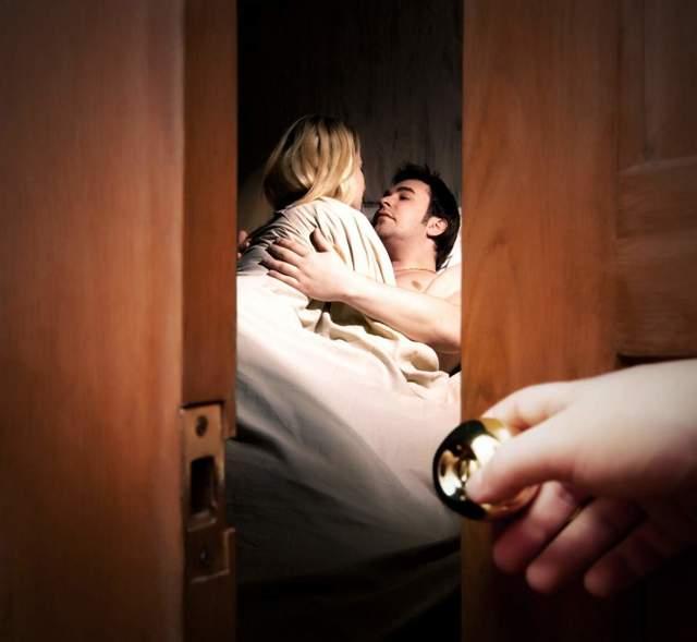 Как наказать изменившую жену за предательство и стоит ли это делать: советы психолога
