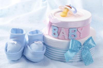 Удерживаются ли алименты с материальной помощи: к отпуску, рождению ребенка, похоронам?