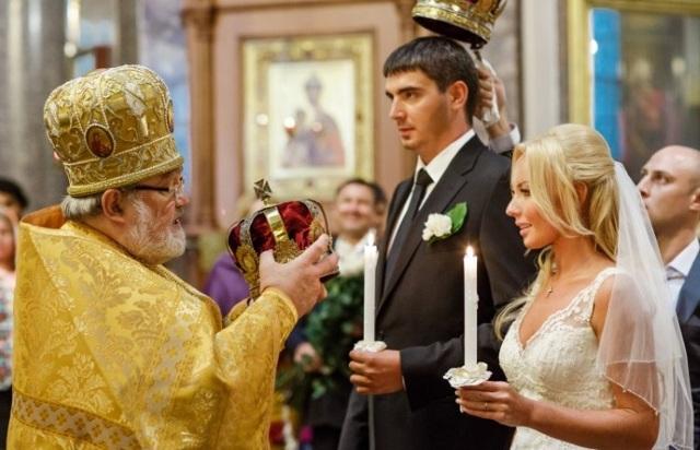 Можно ли обвенчаться без регистрации брака в ЗАГСе: церковные порядки