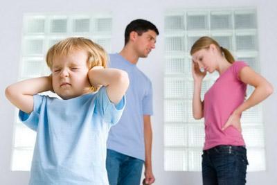 Алименты на содержание матери ребенка до 3 лет: сумма выплат, как подать заявление при разводе