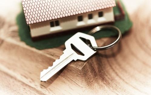 Как снять обременение с квартиры после выплаты материнского капитала и полной оплаты стоимости дома?