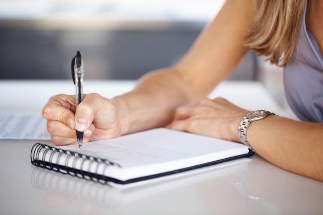Бывшая жена подала на алименты: что делать, если вопрос встал через несколько лет после развода?